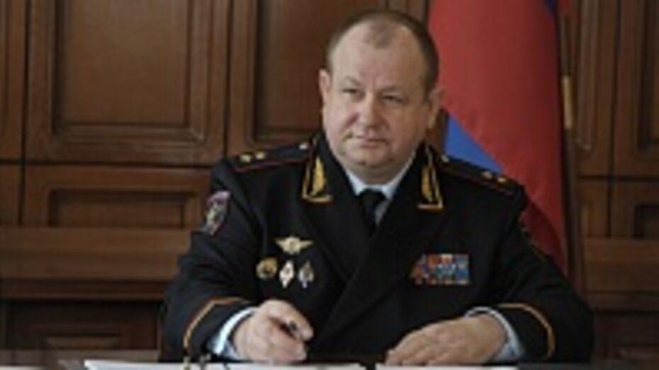 Начальник ГУ МВД по Воронежской области Александр Сысоев ночью проверил районные отделы полиции