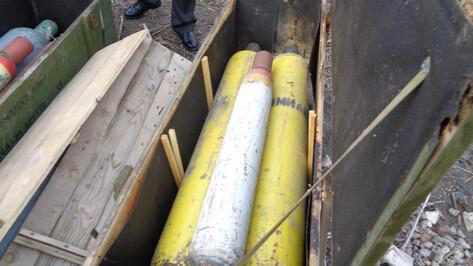 В промзоне Воронежа обнаружили 12 баллонов с отравляющими газами