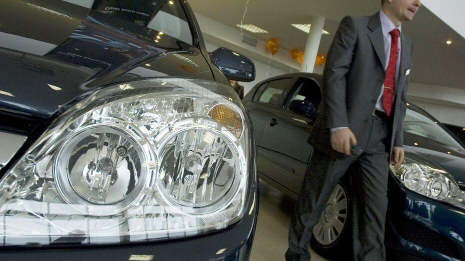 Ввоз легковых автомобилей в Воронежскую область с начала года упал в три раза
