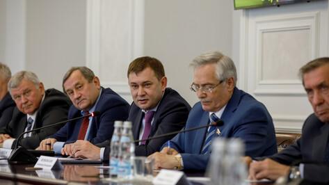 В Воронежской облдуме обсудили меры поддержки малого и среднего бизнеса