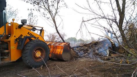 Часть подворий воронежской Николаевки расчистили от сгоревших домов