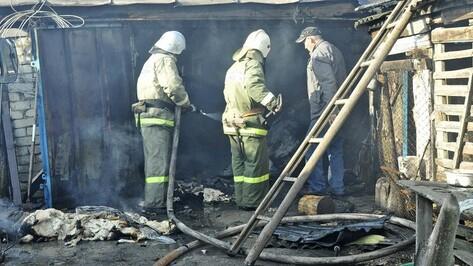 Под Воронежем при пожаре в строительном вагончике погиб мужчина