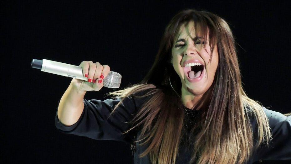 Ани Лорак на концерте в Воронеже сорвала голос