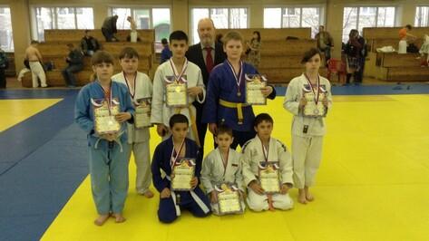 Поворинские дзюдоисты завоевали 10 медалей на региональном турнире