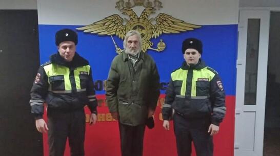 Эртильские полицейские помогли найти потерявшего память жителя Липецка
