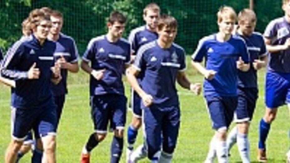 Первым соперником воронежского «Факела» в межсезонье станет лискинский «Локомотив»