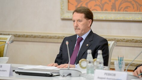 Воронежский губернатор сохранил позиции в ноябрьском медиарейтинге глав ЦФО