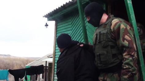 Жителя Кантемировского района задержали с тремя килограммами марихуаны, двумя ружьями и гранатой