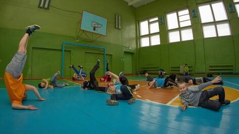 В Анне стартовал проект «Танцы и воркаут - в массы»