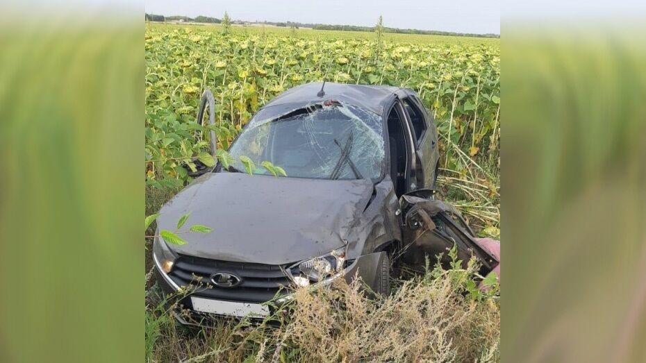 В Воронежской области ВАЗ вылетел в кювет: водитель погиб на месте