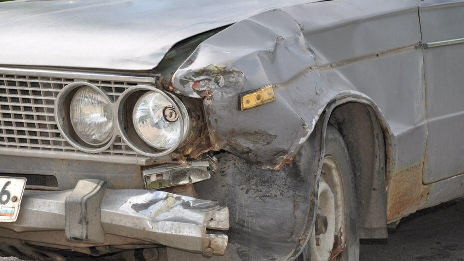 Пьяный рецидивист угнал машину с ребенком в Воронежской области
