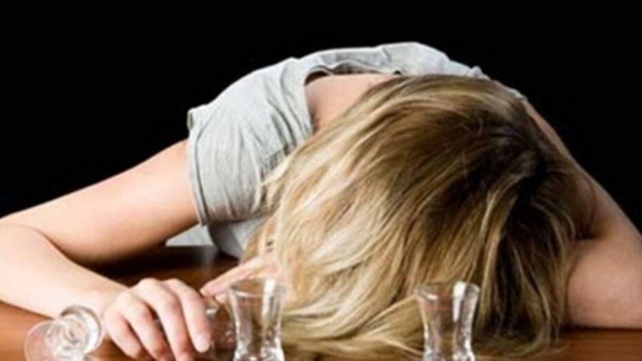 В Воронеже 23-летняя девушка умерла на глазах гражданского мужа