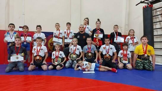 Лискинские борцы завоевали 7 золотых медалей на Открытом кубке Москвы