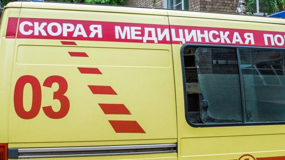 В Воронеже водитель иномарки в ДТП повредил 3 автомобиля