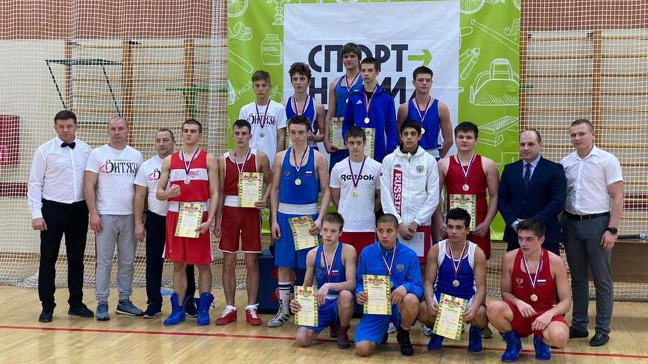 Борисоглебские боксеры взяли 10 золотых медалей межрегионального соревнования