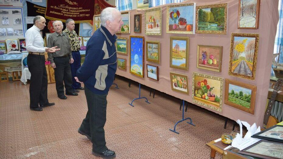 В Верхнехавском районном краеведческом музее открылись новые выставки