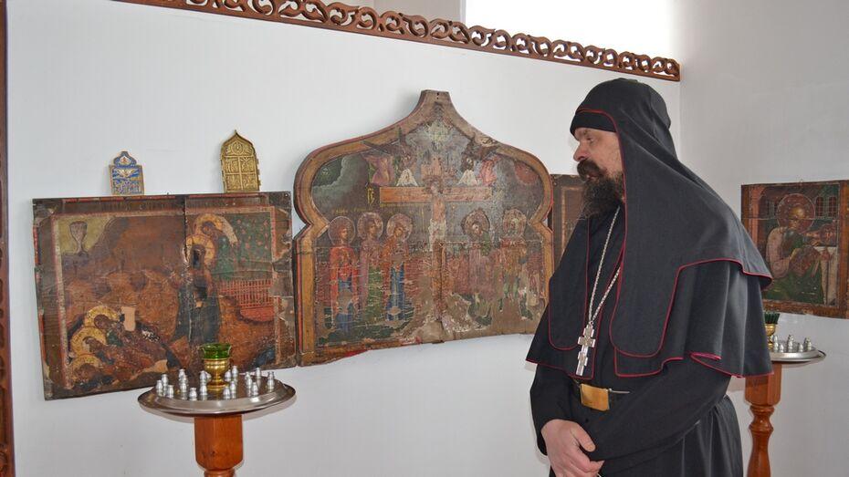 В Воронежской области сельчане пожертвовали обворованному храму 10 икон