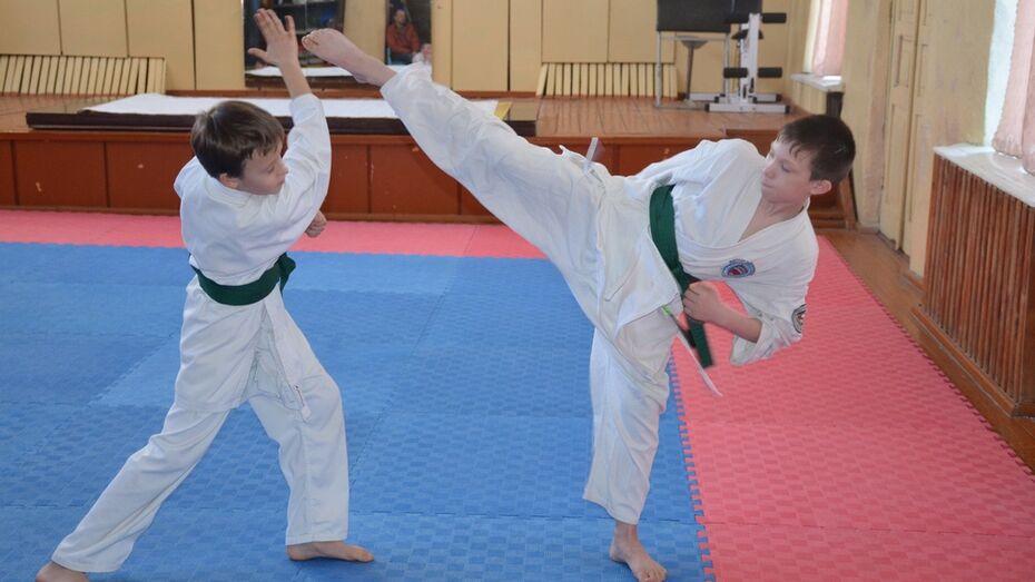 Верхнехавец завоевал «серебро» на Всероссийских соревнованиях по кобудо