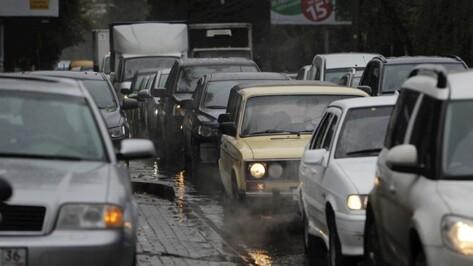 Вечерние пробки в Воронеже достигли 10 баллов