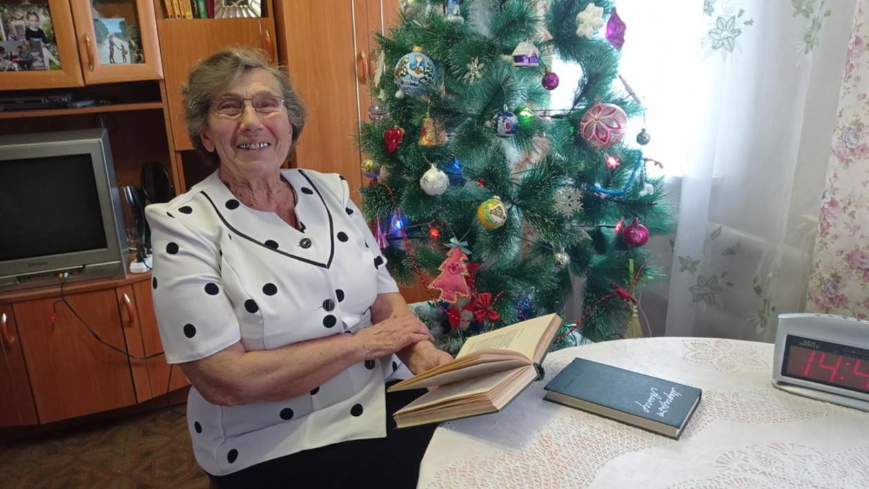 «Я тронута». Воронежская пенсионерка нашла в книге поэтессы ответ на свое детское письмо