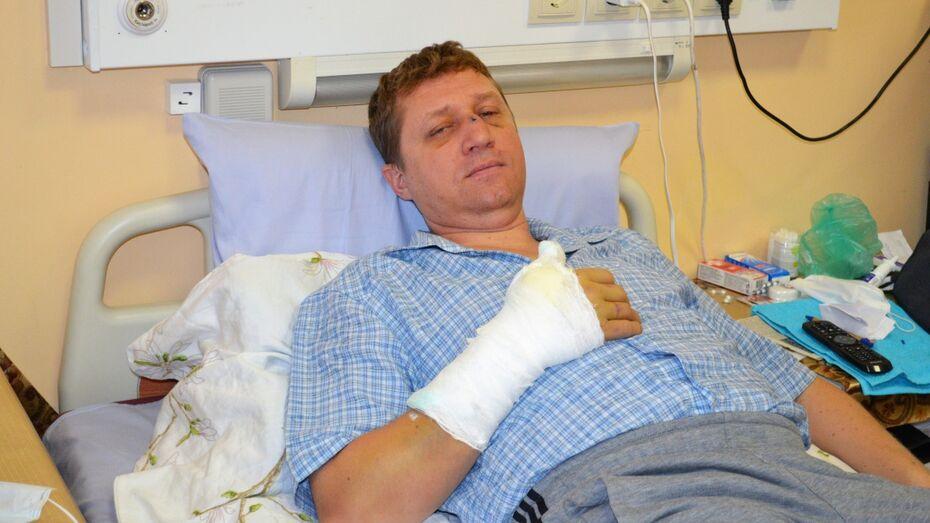 Под Воронежем неизвестный избил депутата молотком