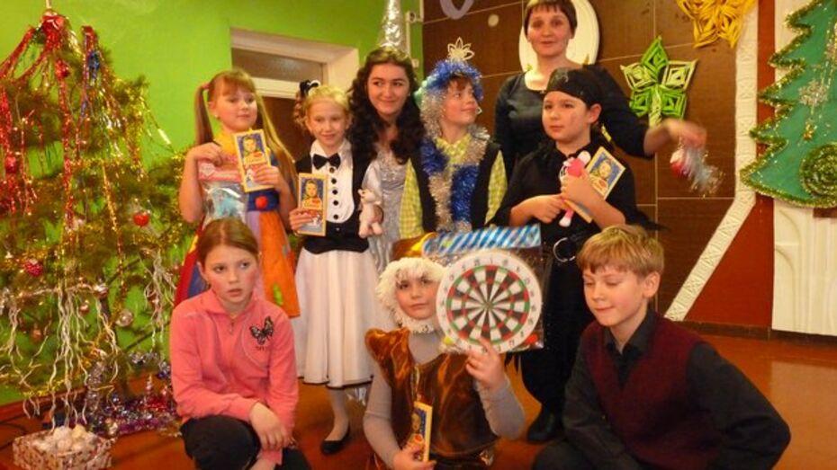 В Верхнемамонской детской школе искусств открылось театральное отделение