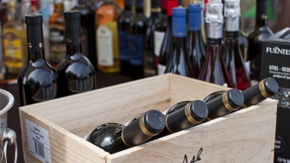 Под Воронежем полиция изъяла у 3 бутлегеров 18 тыс бутылок поддельного алкоголя