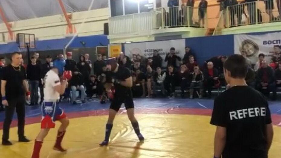 В Воронеже прошел межрегиональный турнир по панкратиону