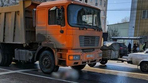 В больнице умерла старушка, которую сбил большегруз в центре Воронежа