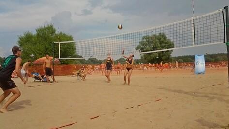 Из-за проливного дождя воронежский турнир по пляжному волейболу остался без победителя