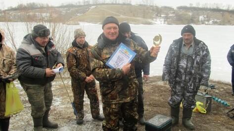 В Семилуксом районе наградили лучших рыбаков