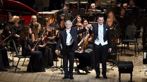 Композитор Беньямин Юсупов представил в Воронеже Viola Tango Rock Concerto