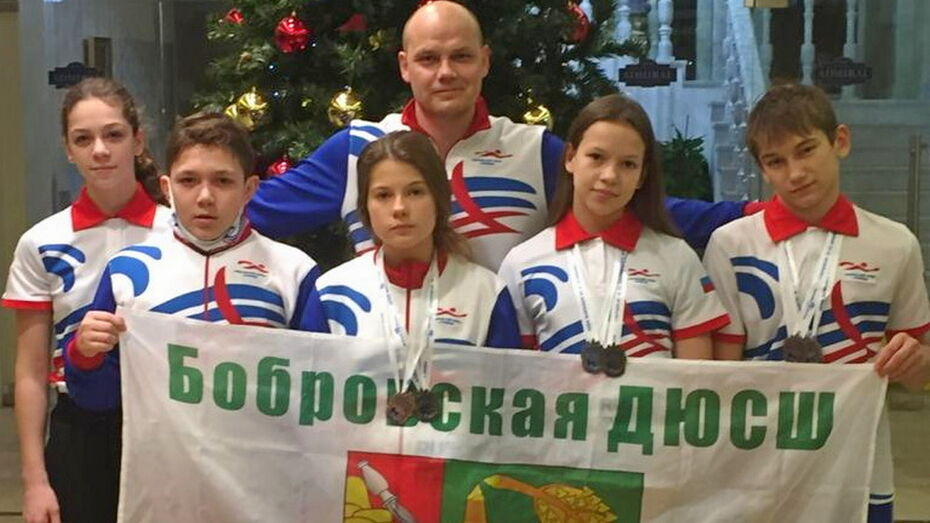 Бобровские пловцы взяли 2 «золота» на Республиканских соревнованиях детской лиги