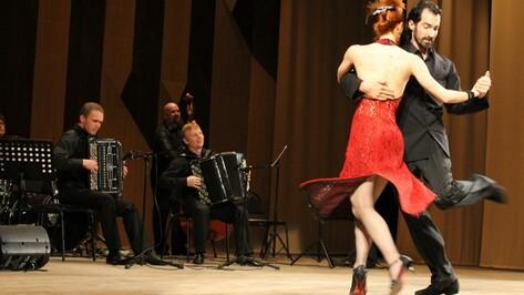 Мировые звезды танго выступили с воронежскими музыкантами