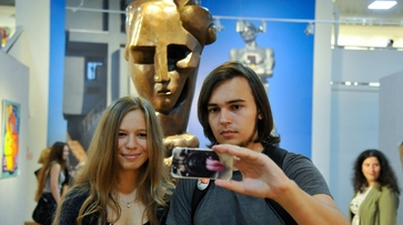 «Титан андеграунда». Зачем идти на выставку Эрнста Неизвестного в Воронеже