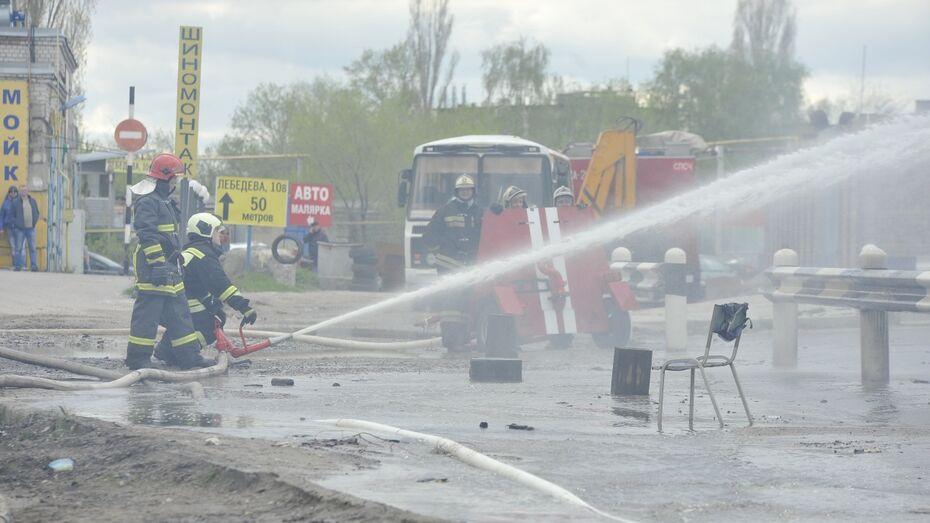 СК начал проверку по пожару на газовой заправке в Воронеже