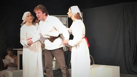 «Театр равных» представил спектакль о судьбах воронежских поэтов