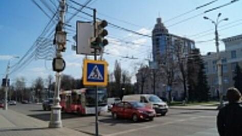В Воронеже до конца года появятся 20 новых светофоров