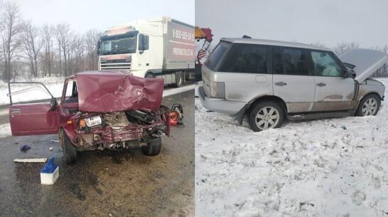 Автомобилистка погибла в ДТП с «семеркой» и Land Rover на воронежской трассе