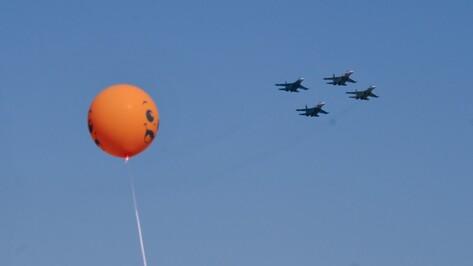 На авиашоу воронежцы записались на контрактную службу в армию