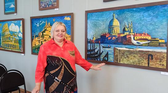 Посвященная Италии выставка художника Олега Савостюка открылась в Лисках