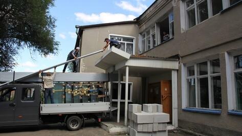 В Верхнемамонском сельском Доме культуры начался ремонт