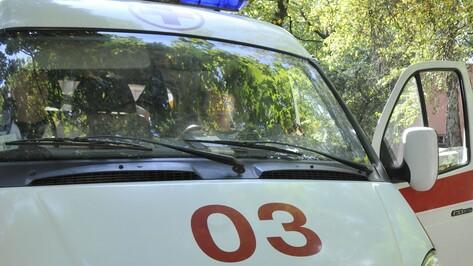 В Воронежской области столкнулись 2 иномарки: погибла 40-летняя женщина