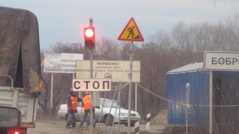 Мост через реку Битюг в Воронежской области отремонтируют к концу 2017 года