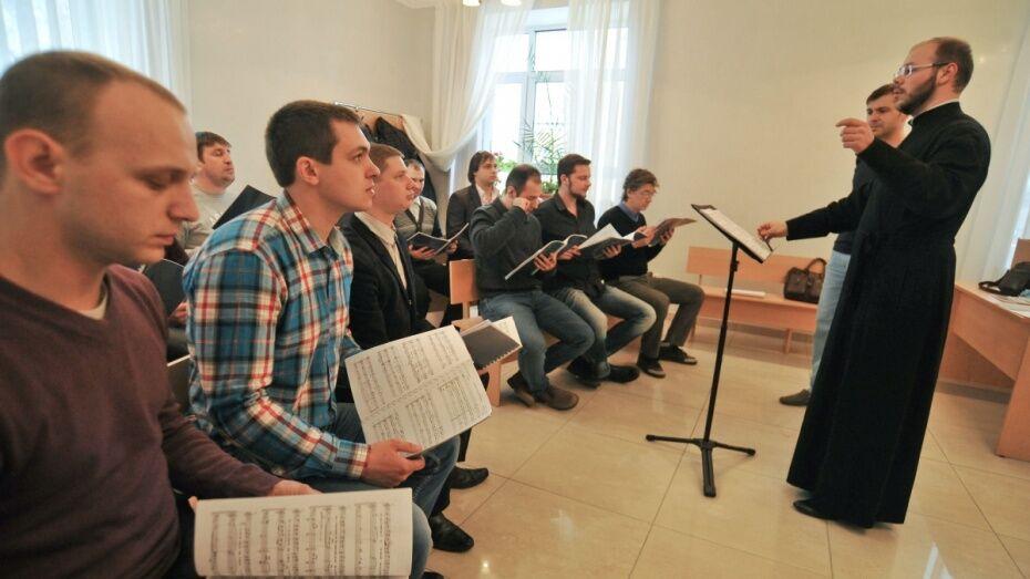 Воронежский мужской хор исполнит песни Победы