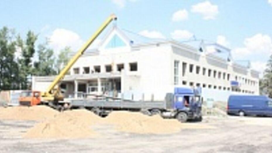 В поселке Хохольский началась реконструкция дворца культуры