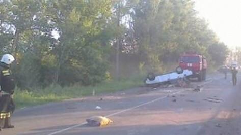 Под Воронежем в аварии погибли водитель и пассажиры «семерки»