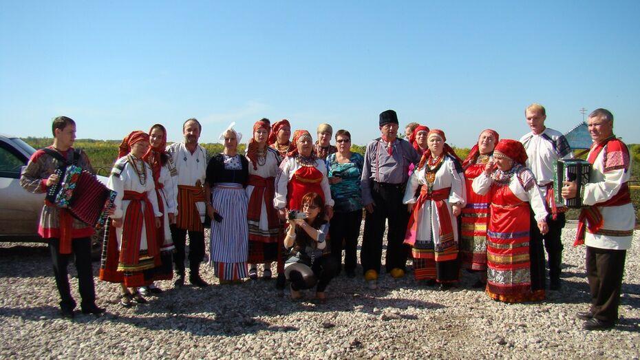 В Хохольском районе выступит с концертом фольклорный ансамбль из Македонии