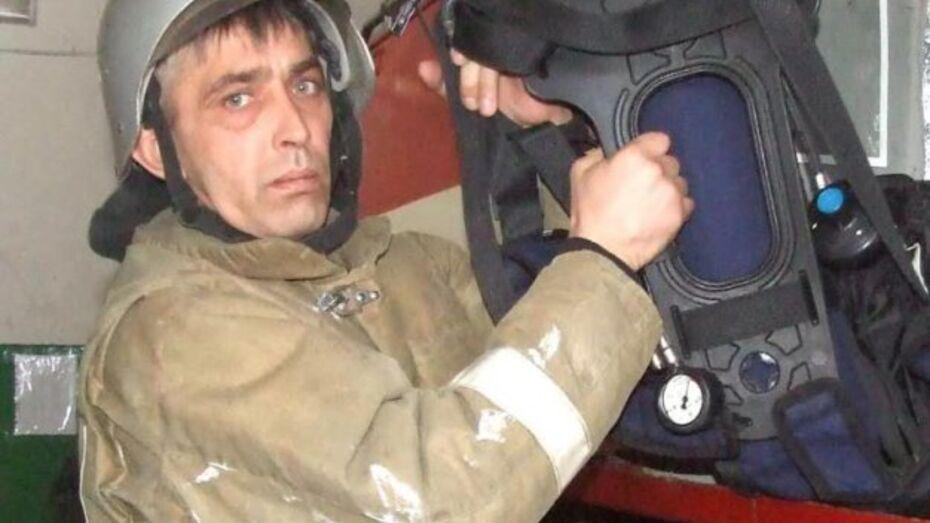 В Таловском районе пожарный вынес годовалого ребенка из горящего дома