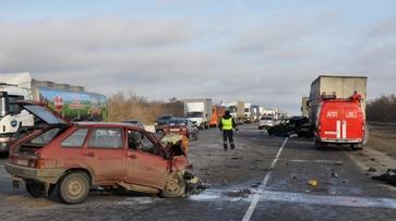Виновник массового ДТП на трассе в Воронежской области оказался в числе погибших
